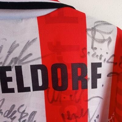 Signed Fortuna Düsseldorf Home Shirt 1996-1997 (M) Umbro