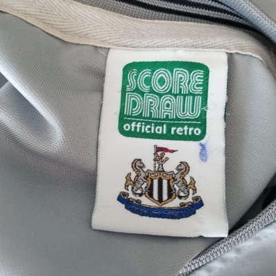 """Official Retro Newcastle United Away Shirt 1985-1988 (L) """"Very Good"""""""