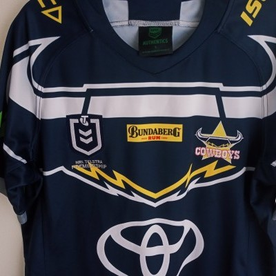 NEW North Queensland Cowboys Rugby Shirt NRL 2018 (S)