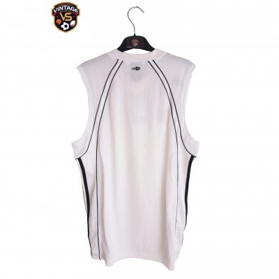 NEW Real Madrid Basketball Jersey white (M)