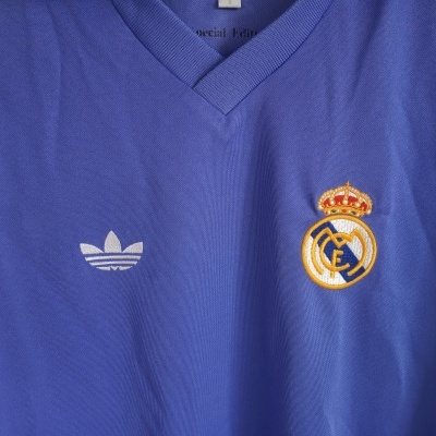 "Real Madrid Away Shirt Special Edition Retro 1981 (S) ""Very Good"""