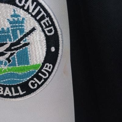 "Official Retro Newcastle United Home Shirt 1980-1983 (XL) ""Very Good"""