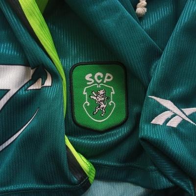 NEW Sporting CP Football Away Shorts 1999-2000 (M)