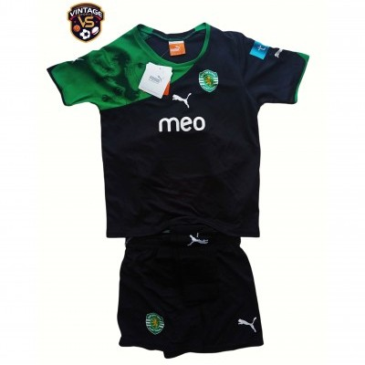 NEW Sporting CP Football Full Kit 2010-201 (5-6 Years)