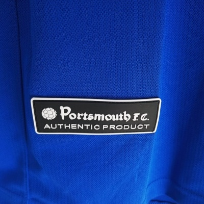"Portsmouth FC Home Shirt 2005-2006 (M) ""Very Good"""