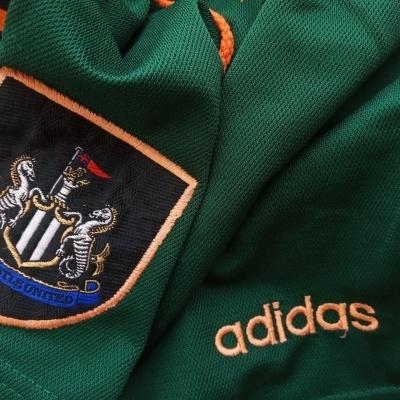 "Newcastle United Away Shorts 1997-1998 (M) ""Very Good"""