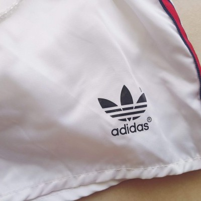 "Vintage Shorts Adidas 1990's White Red (XXS) ""Very Good"""
