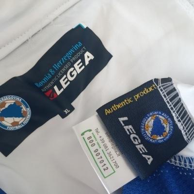 """Bosnia and Herzegovina Away Shirt 2011 (XL) """"Perfect"""""""
