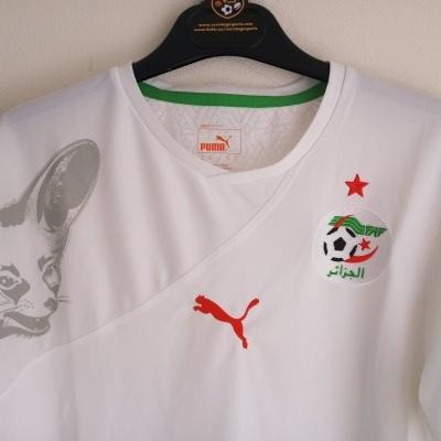 """Algeria Home Shirt 2010-2011 (S) """"Perfect"""""""