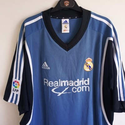 "Real Madrid Third Shirt 2001-2002 (XL) ""Average"""