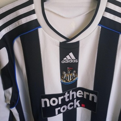 NEW Newcastle United Home Shirt 2009-2010 (M Youths)