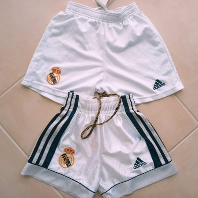 "2x Real Madrid Home Shorts 1998-2001 (Youths) ""Good Condition"""