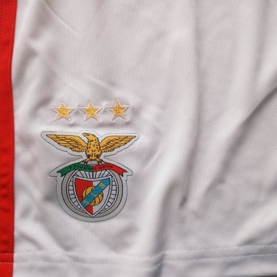 NEW SL Benfica Home Shorts 2018-2019 (XS)