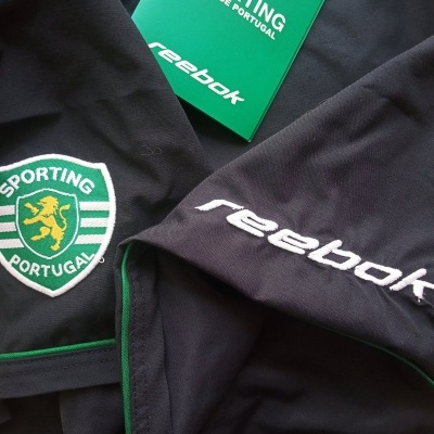 NEW Sporting CP Home Football Shorts 2002-2003 (L)