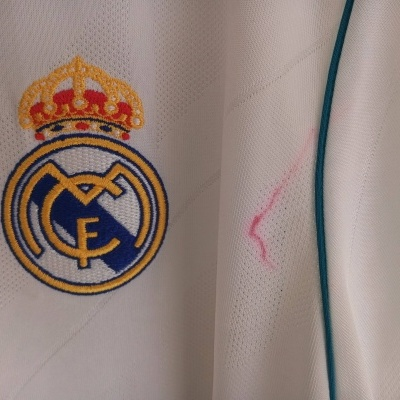 "Real Madrid Home Shirt 2017-2018 (L) ""New with Defect"""