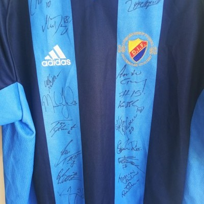 "Signed Djurgardens IF Home Shirt 2002 (M) ""Very Good"""