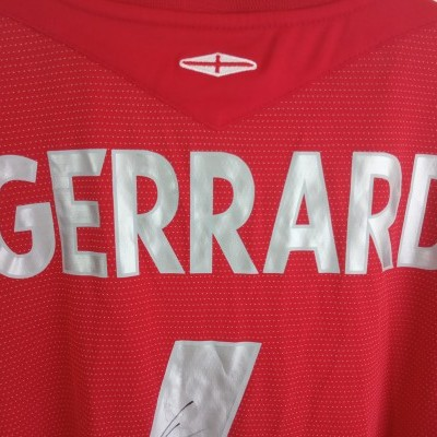 NEW Signed England vs Croatia Shirt 2004 #4 Gerrard (XXL)