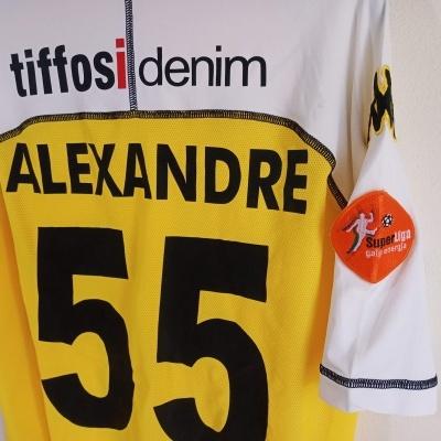 """Matchworn Vitoria Guimarães Away Shirt 2004 #55 Alexandre (L) """"Very Good"""""""