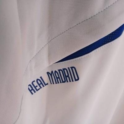 NEW Real Madrid Traning Shirt 2010-2011 (L)
