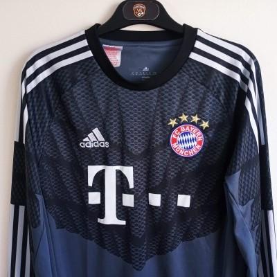 """Bayern Munich Goalkeeper Shirt 2014-2015 #1 Neuer (XL Youths) """"Very Good"""""""