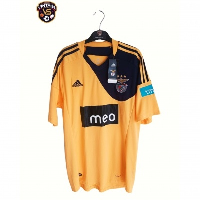NEW SL Benfica Away Shirt 2010-2011 (M)
