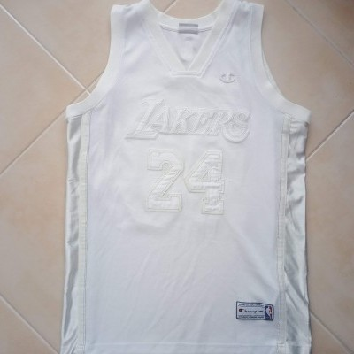 "RARE LA Los Angeles Lakers NBA Jersey #24 Bryant (M) ""Very Good"""