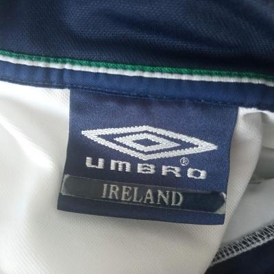 "Republic of Ireland Training Shirt (S) ""Very Good"""