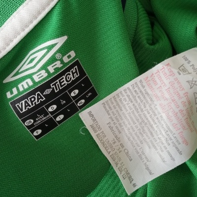 "Republic of Ireland Home Shirt 2002 (L) ""Very Good"""