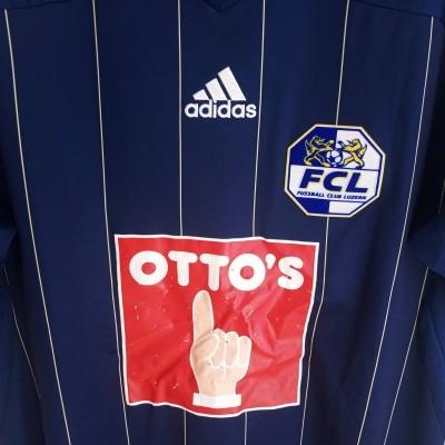 "FC Luzern Home Shirt 2011-2013 (L) ""Average"""