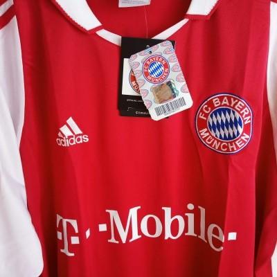 NEW Bayern Munich Home Shirt 2003-2004 (S)