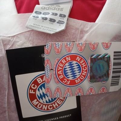 NEW Bayern Munich Home Shirt 2003-2004 (S Boys)