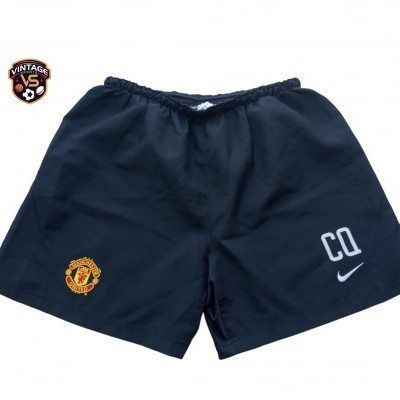 "ISSUE Manchester United Training Shorts (XL) ""Very Good"""