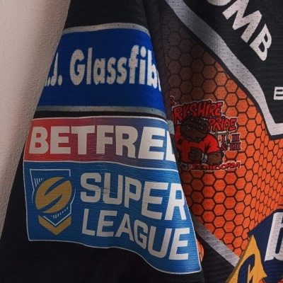 Matchworn Castleford Tigers Rugby League Shirt 2017 #3 Webster (L)