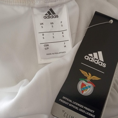NEW SL Benfica Home Shorts 2017-2018 (S)