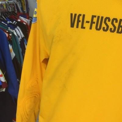 VFL Bochum Goalkeeper Shirt 2017 (M)