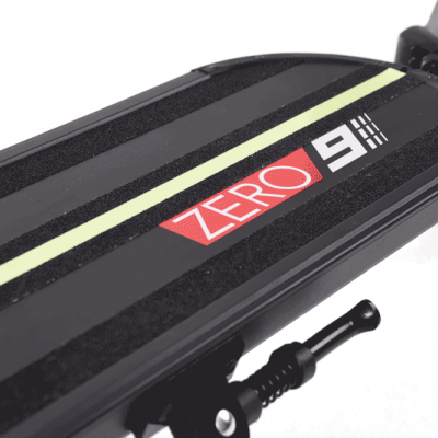 ZERO Trotinete Elétrica Zero 9 (Velocidade máxima: 45 km/h | Autonomia: 50 km)