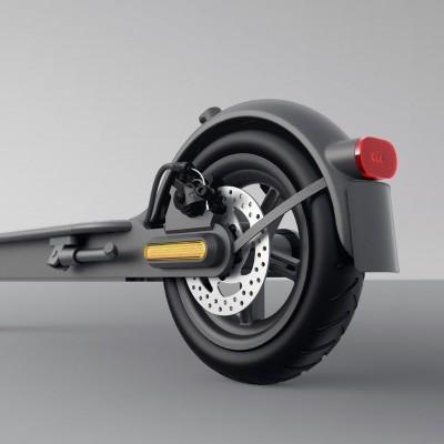 XIAOMI Trotinete Elétrica 1S - Preta (Velocidade máxima: 25 km/h   Autonomia: 30 km)