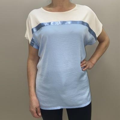 T-shirt com duas cores  131491
