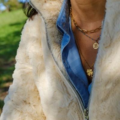Colar Corrente   Colar Gold & Blue c/ Om   Colar Trevo  (vendidos em separado)